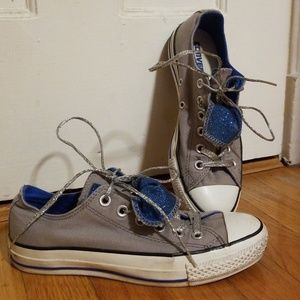 Gray Converse with sparkly blue tongue size 7
